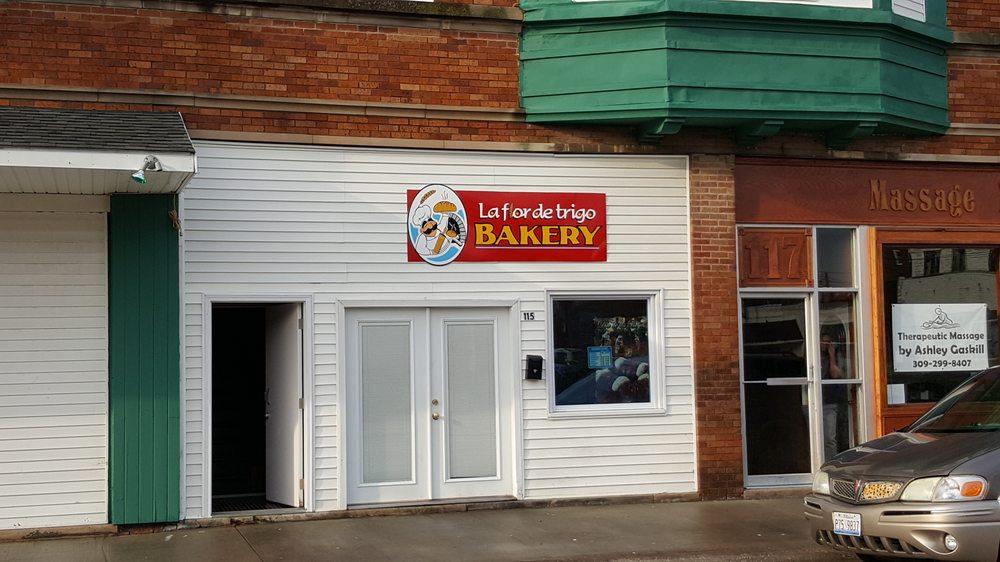 La Flor De Trigo Bakery: 115 W 1st Ave, Monmouth, IL