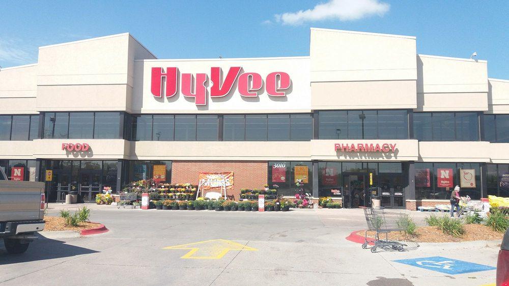 Hy-Vee: 3012 23rd St, Columbus, NE