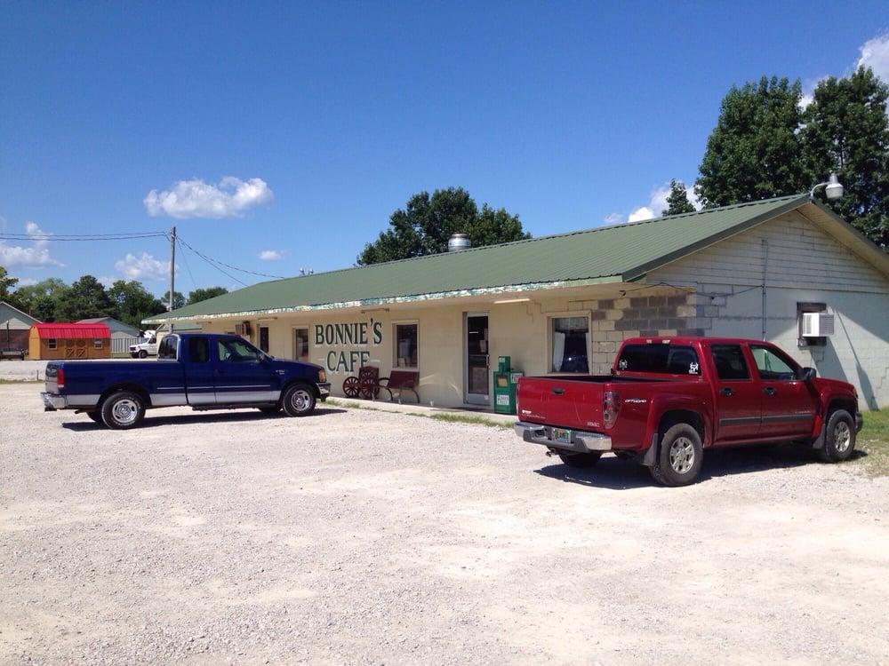 Bonnie's Kountry Cafe: 4266 Hwy 101, Rogersville, AL