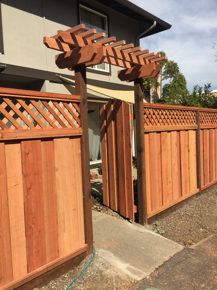 My Beautiful Quot Good Neighbor Quot Fence W Lattice Top Arched