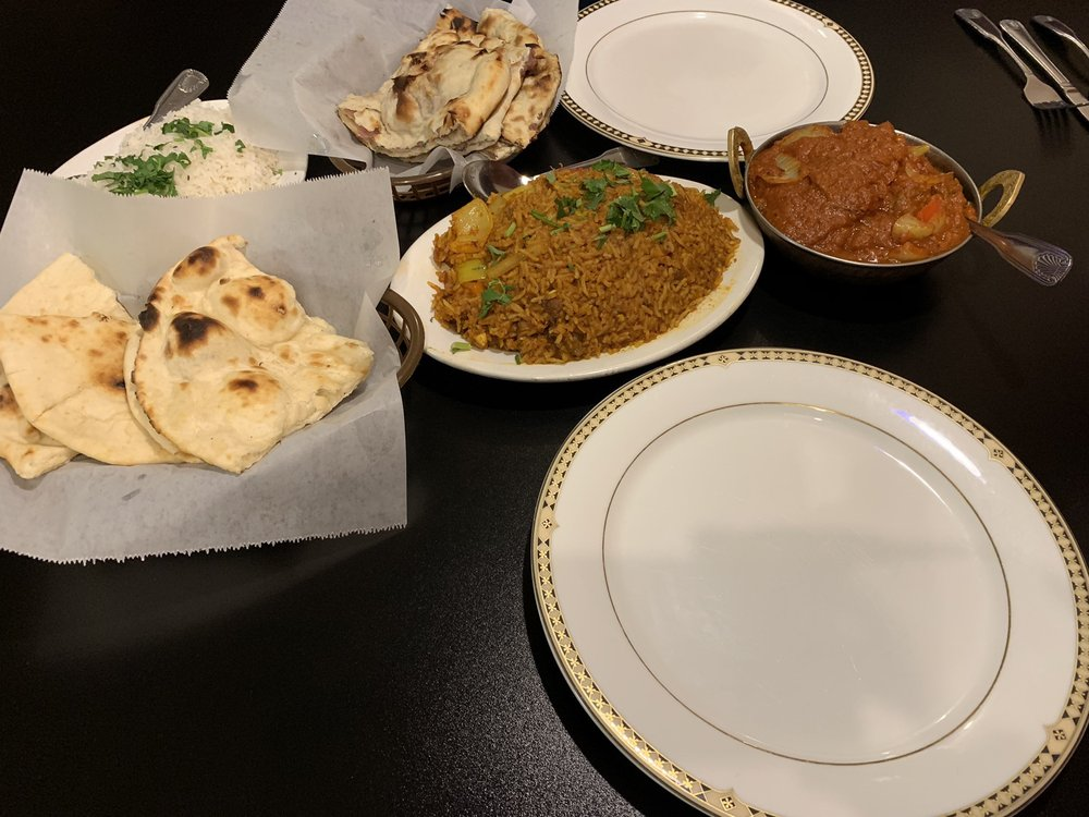 Taj Mahal Indian Cuisine: 1619 Hilltop Dr, Redding, CA