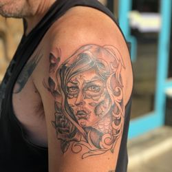 b11eb4c5c Photo of Calavera's Tattoo - San Antonio, TX, United States. @la_cucaracha