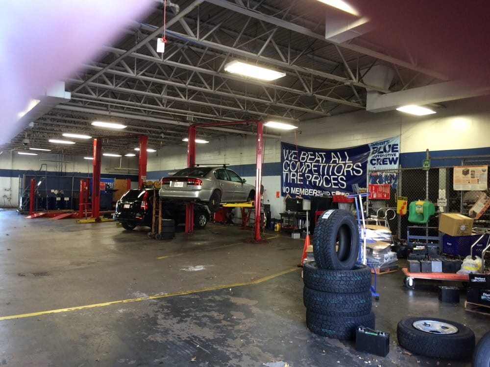Sears has a great selection of new tires for your car, truck or SUV. Find the latest car tires for sale from top brands at our Auto Center.