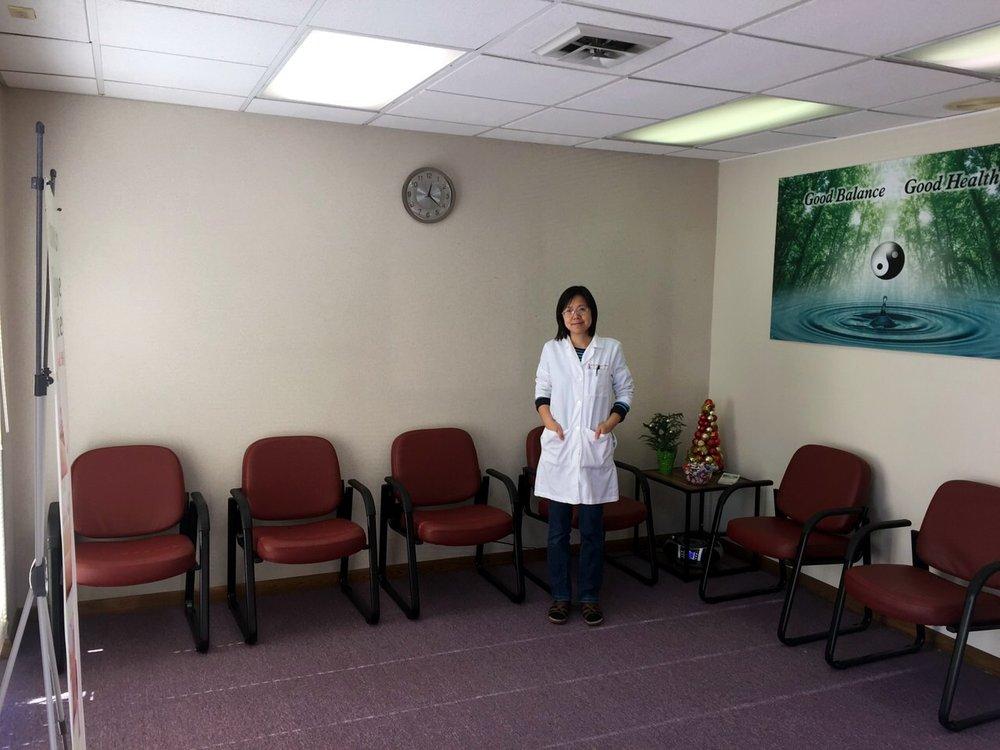 Acupuncture & Massage Center: 2565 S Rochester Rd, Rochester Hills, MI