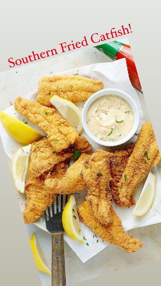 Food from Blazin Cajin Chicken & Fish