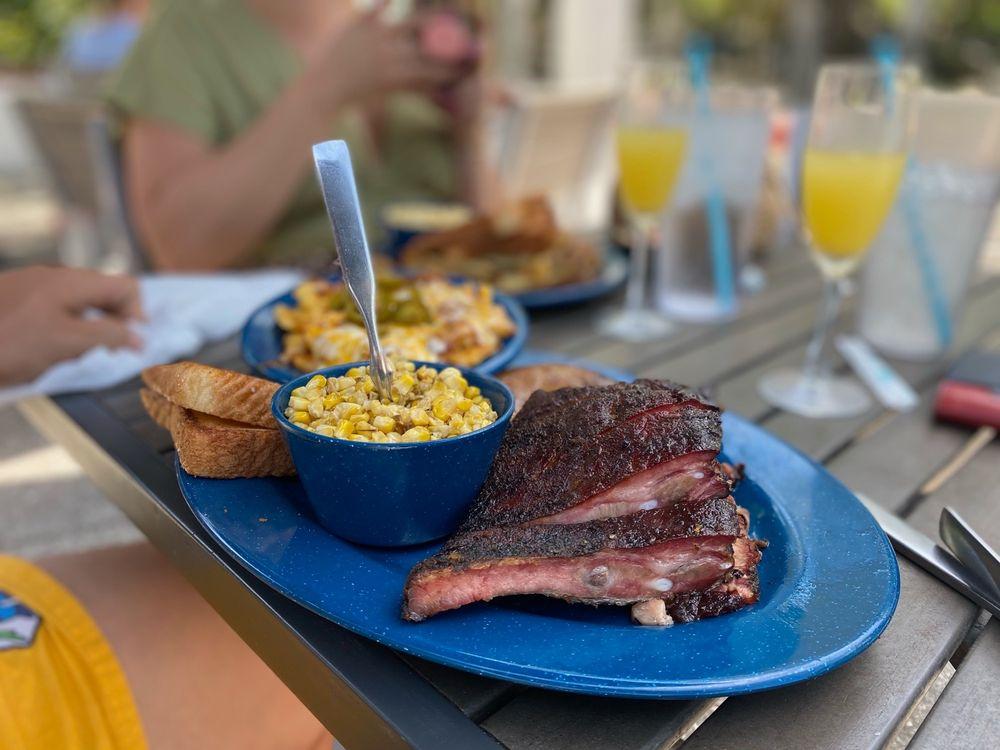 Mojo Old City BBQ: 5 Cordova St, St. Augustine, FL