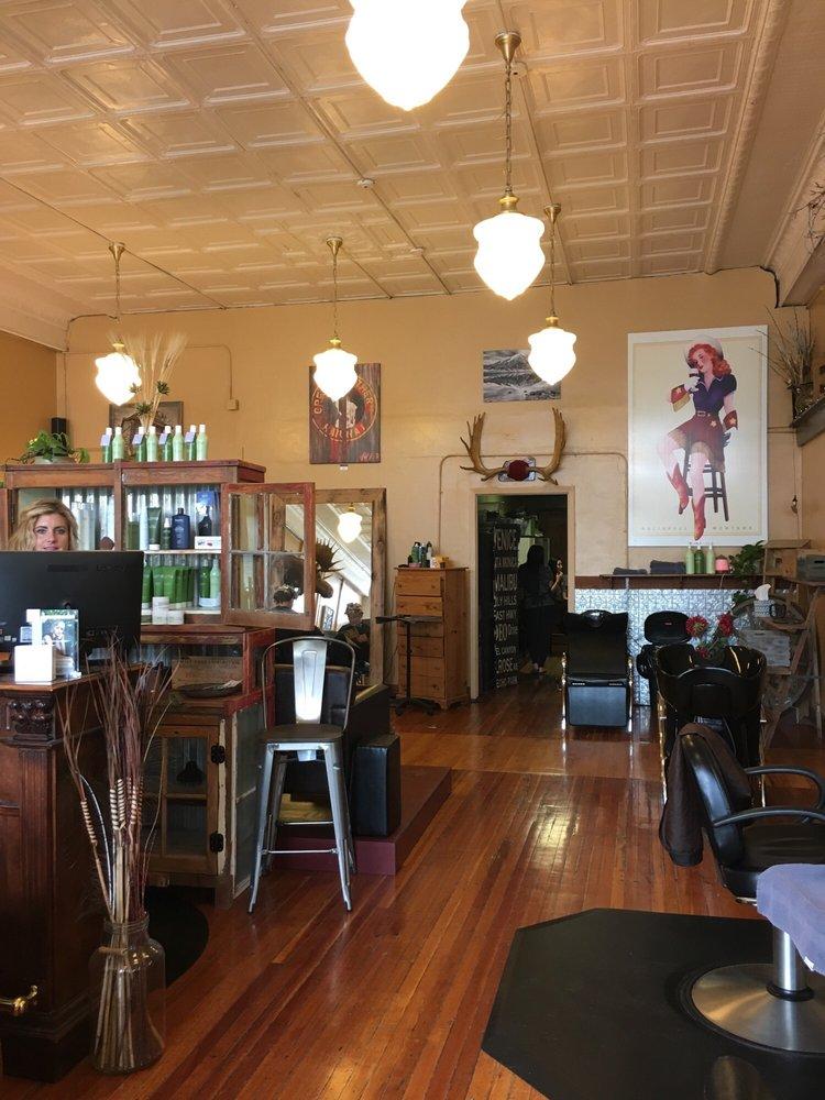 Evolve Hair Studio: 222 1st Ave E, Kalispell, MT