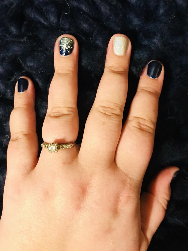 Brenda's Nails: 1370 Rte 134, Dennis, MA