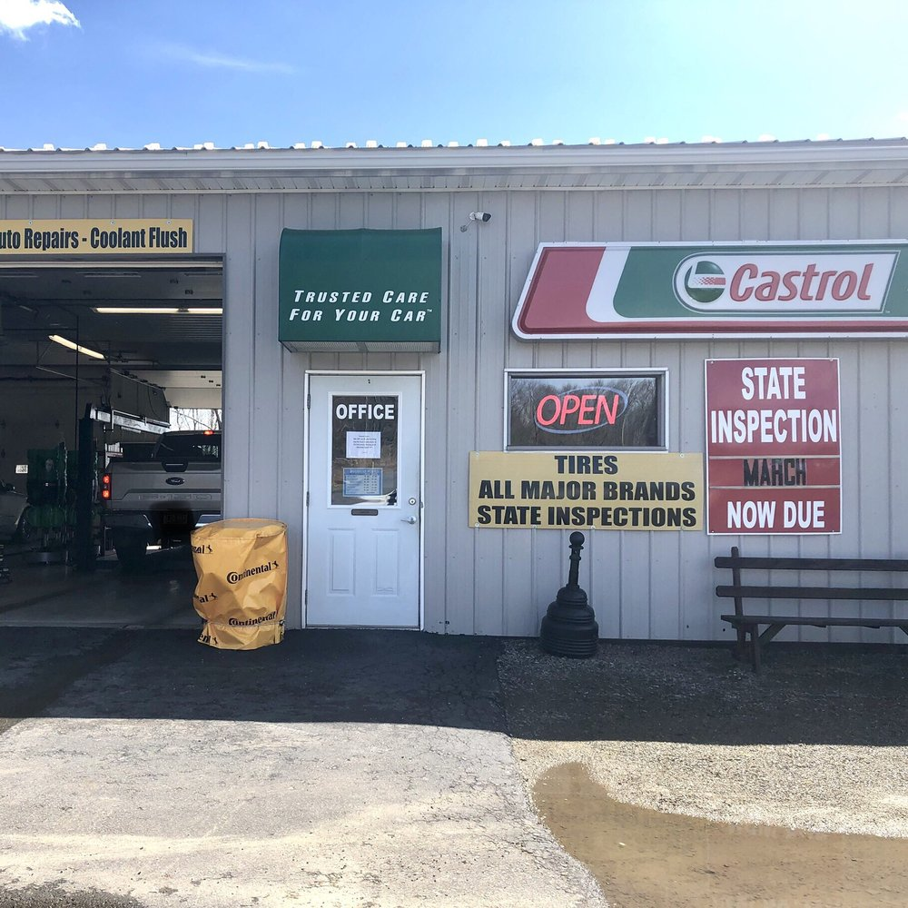 Castrol Premium Lube Express: 1525 MTCobb Rd, Lake Ariel, PA
