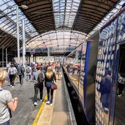 Glasgow Queen Street 59 Photos Amp 46 Reviews Train