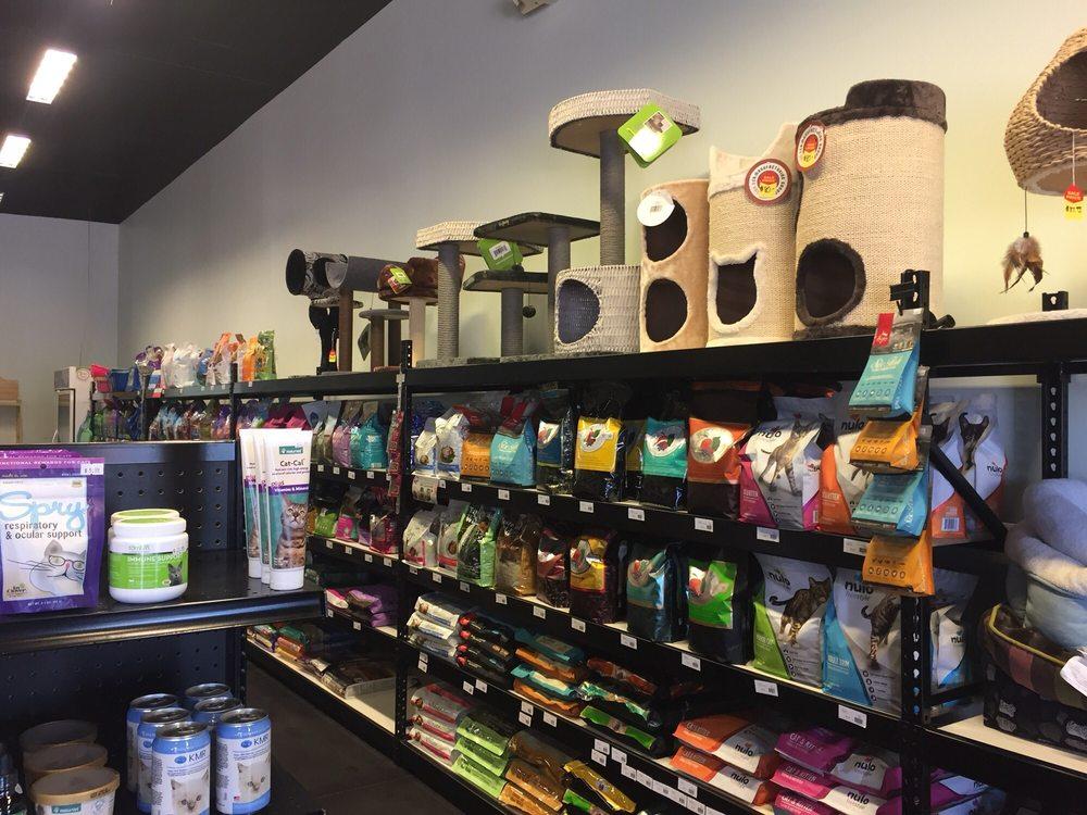 Natural Pet Food & Supplies