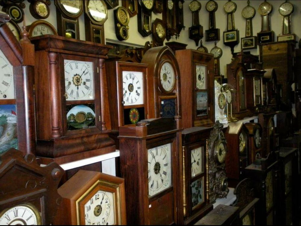 Morris Clock Repair: 3080 Cemetery Rd, Morris, IL
