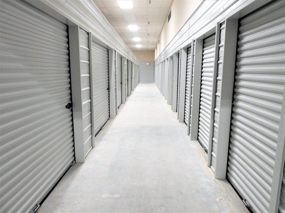 Milan Storage: 421 1st Ave W, Milan, IL
