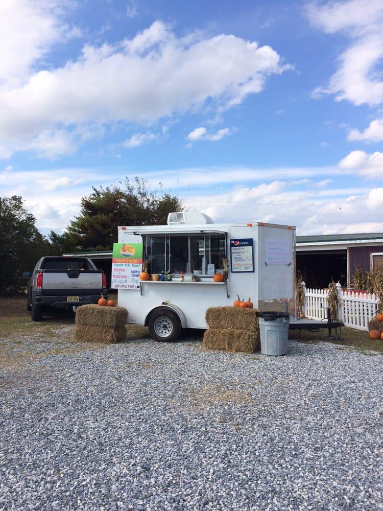 Rea's Farm Market: 213 Stevens St, Cape May, NJ