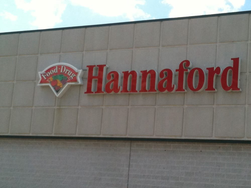 Hannaford Supermarkets: 80 Fairground Plz Rt 100, Morrisville, VT