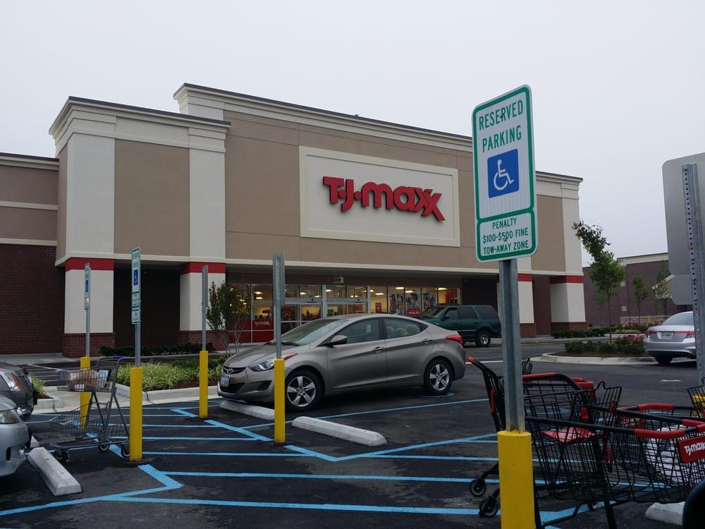TJ Maxx: 1241 Frederick Blvd, Portsmouth, VA