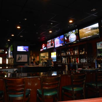 stevie tomatoes sports page 28 photos 46 reviews sports bars 814 sw pine island rd cape. Black Bedroom Furniture Sets. Home Design Ideas