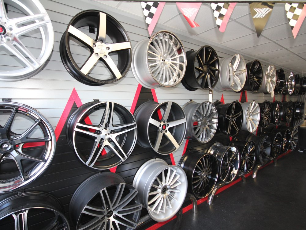 Redline Auto Accessories & Wheels: 1079 N Miliary Trl, Haverhill, FL