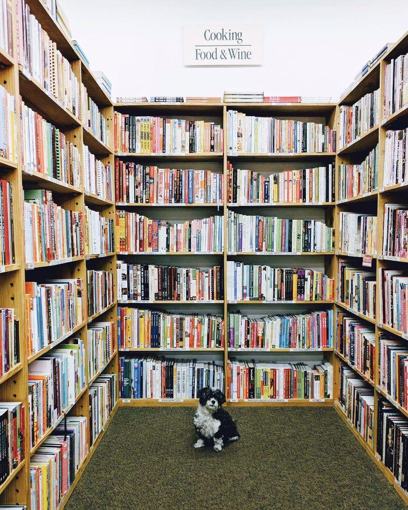 Half Price Books: 630 N Mcknight Rd, St. Louis, MO