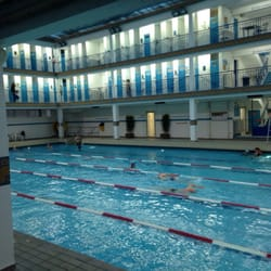 Piscine pontoise 35 reviews swimming pools 19 rue de for Piscine rue de pontoise