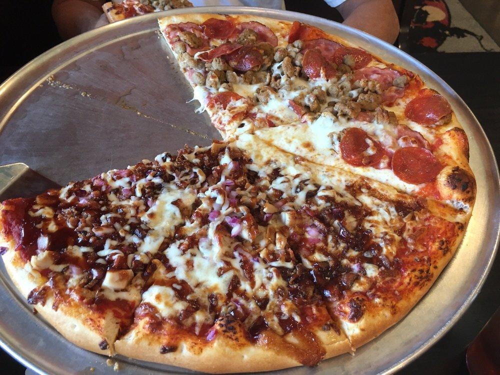 Badlands Pizza & Saloon: 285 3rd Ave, Medora, ND