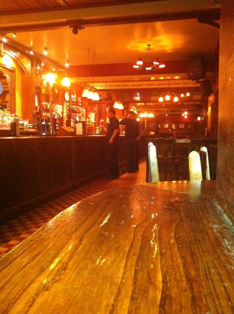 O'Neill's Reading - 14 Avis - Pubs Irlandais - 4 Friar