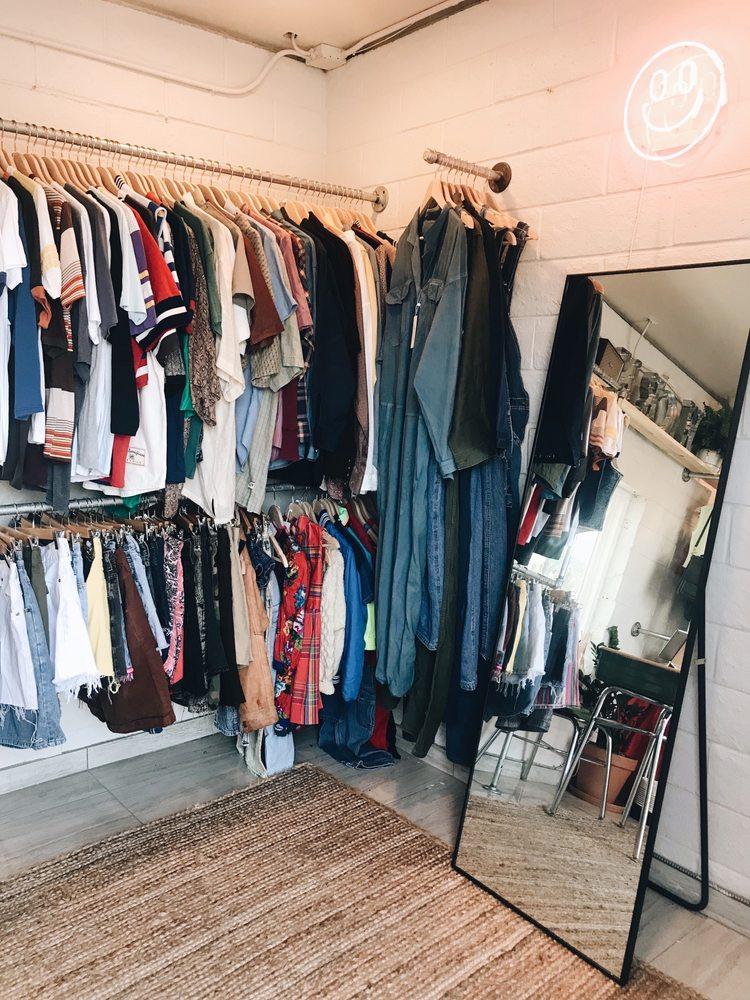 Worn Clothing Co.: 84 Soloano Sq, Benicia, CA