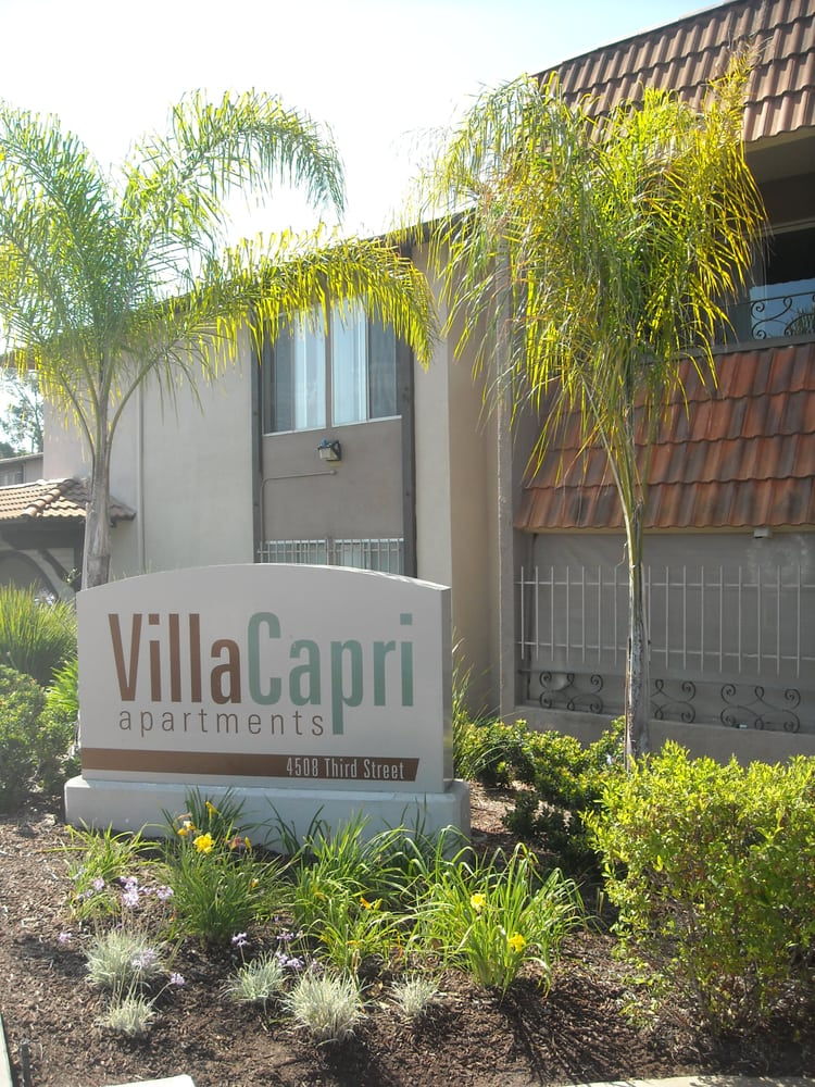 Villa capri apartments 17 photos reviews la mesa ca for Villa capri
