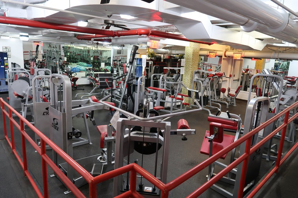 Meadows Spa Fitness: 61-19 190th St, Fresh Meadows, NY
