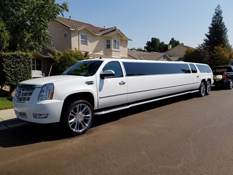 Prestige Car Service: Photos For Prestige Limousine Service