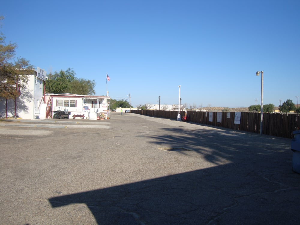 Arabian Trailer Oasis & Rv's: 12401 Boron Ave, Boron, CA