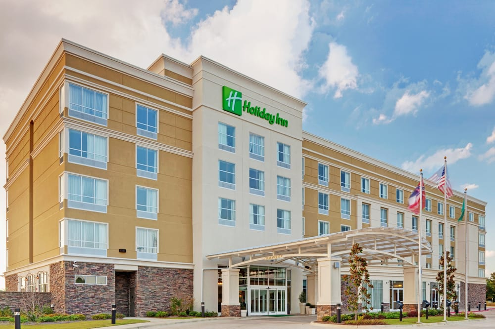 Holiday Inn Pearl - Jackson Area: 110 Bass Pro Dr, Pearl, MS