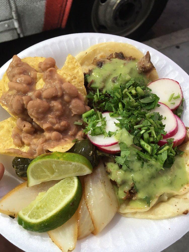 Taqueria Guadalupana: S Sepulveda Blvd & Westchester Pkwy, Los Angeles, CA
