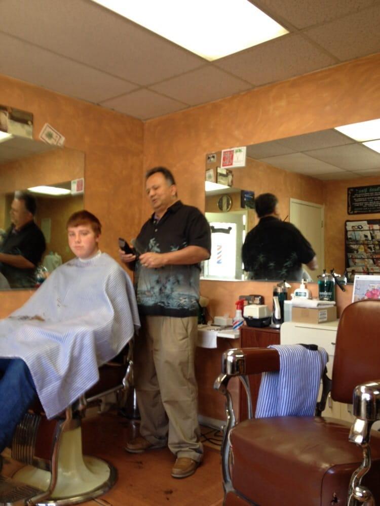 Palms Barber Shop: 90 W Hwy 246, Buellton, CA