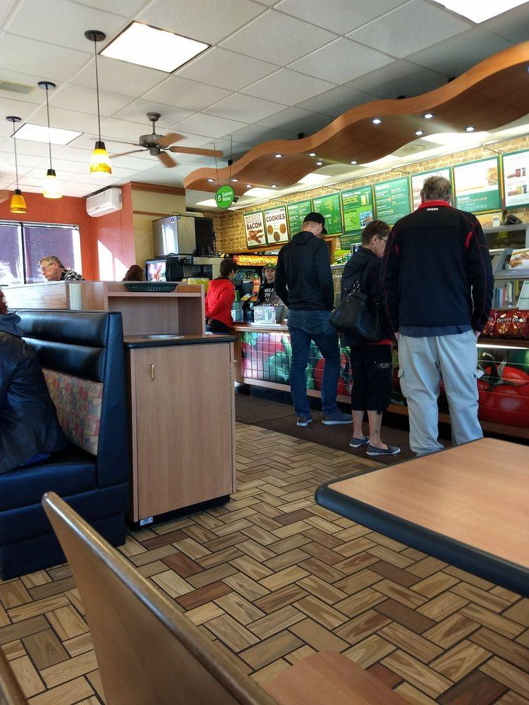 Subway Restaurants: 740 Elm St E, Annandale, MN