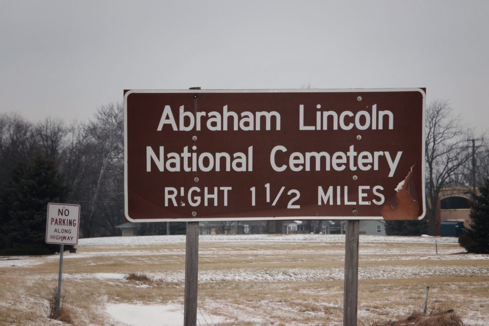 Abraham Lincoln National Cemetery: 20953 W Hoff Rd, Elwood, IL