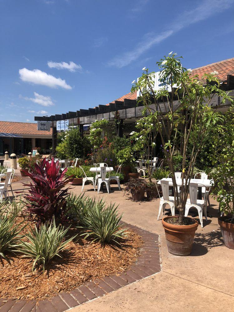 Marketplace at Phillips: 7720 Dr Phillips Blvd, Orlando, FL