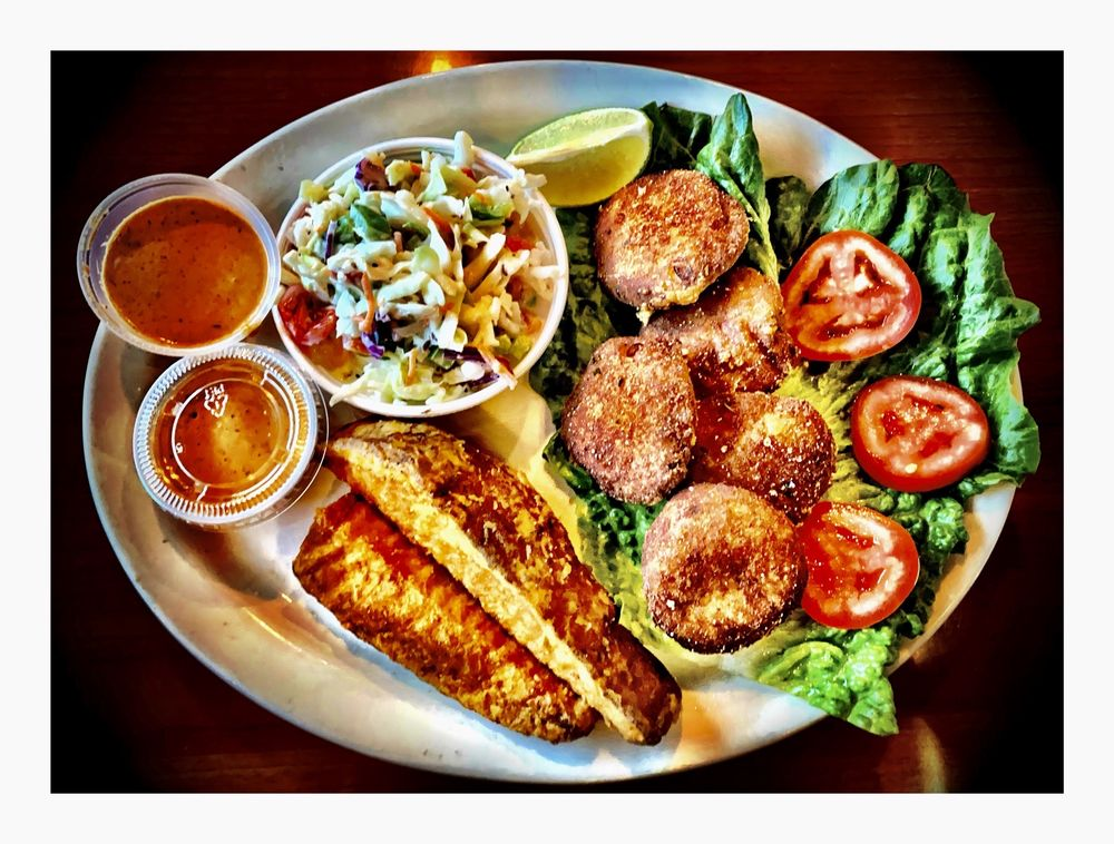 Mother Cluckers Kitchen - Chicago: 5200 N Elston Ave, Chicago, IL