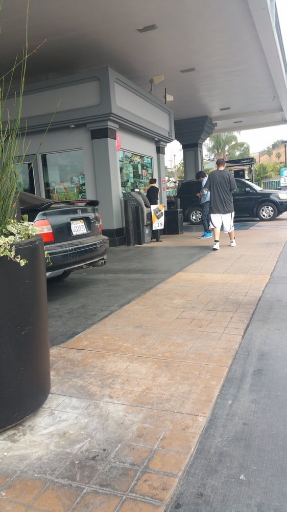 Open Gas Stations Near Me >> United Oil - 12 Photos - Gas Stations - 705 N Eastern Ave, East Los Angeles, Los Angeles, CA ...
