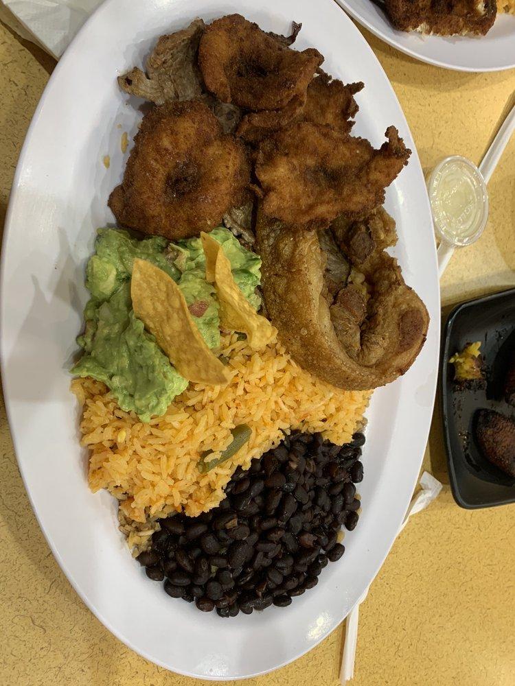 Food from La Casa De La Tia