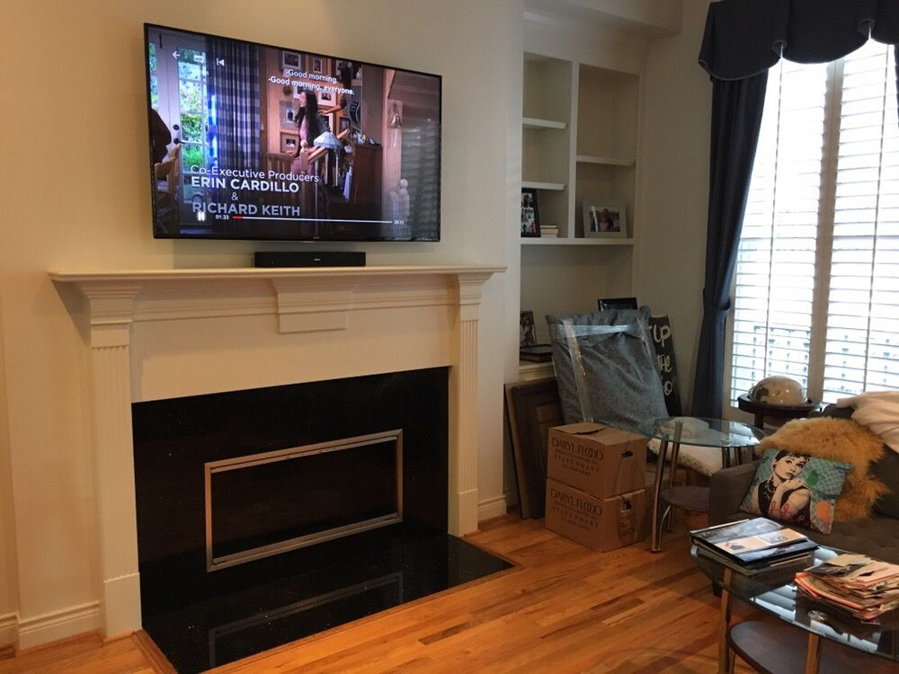 Photo Of No Cables Attached Houston Tx United States Wall Mounted Tv