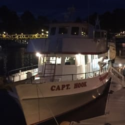 Captain hook party fishing boat pesca 1 shelter cove for Hilton head fishing party boat