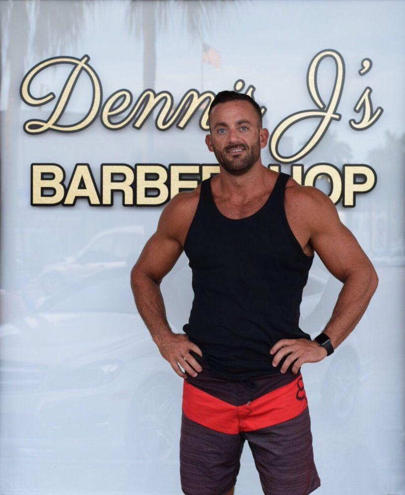 dennis j s barbershop flagler village 41 photos 16 reviews barbers 913 n federal hwy. Black Bedroom Furniture Sets. Home Design Ideas