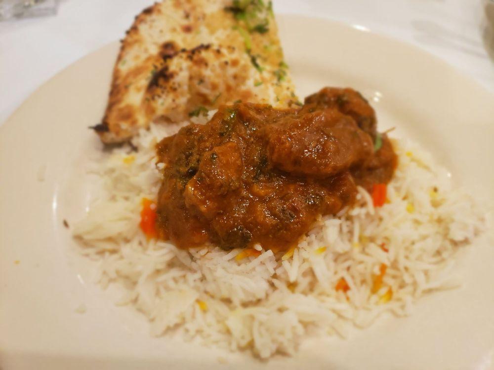 Guru Indian Cuisine: 3140 Cowan Blvd, Fredericksburg, VA