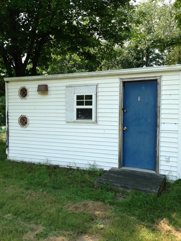 Bennett Acres: 72 Bennett Acres Ln, Burgettstown, PA