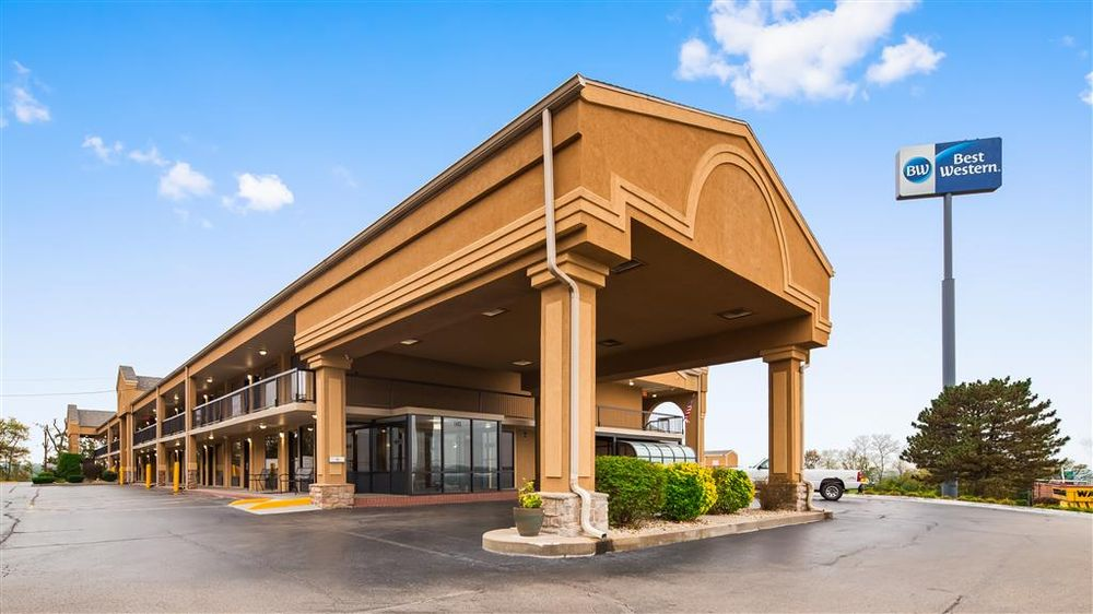 Best Western Coachlight: 1403 Martin Springs Dr, Rolla, MO