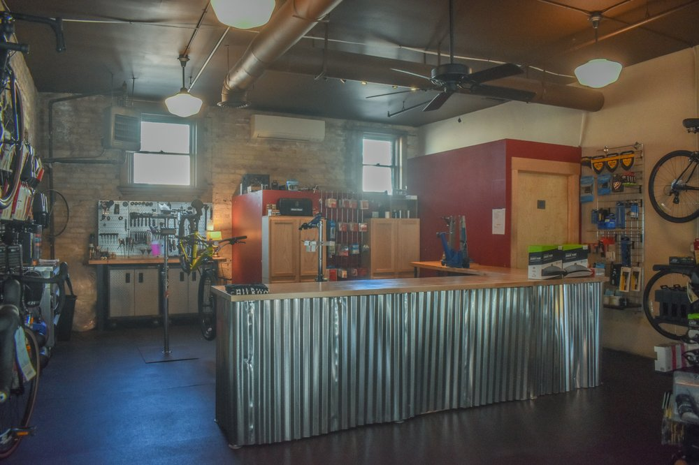 Chilkoot Cyclery: 826 4th St S, Stillwater, MN