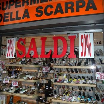 best cheap 835ac ab8fb Supermercato Della Scarpa - CHIUSO - Negozi di scarpe ...