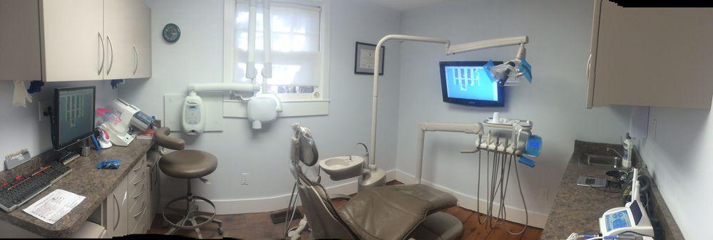 John French Jr , DMD - Sag Harbor Dental: 82 Hampton St, Sag Harbor, NY