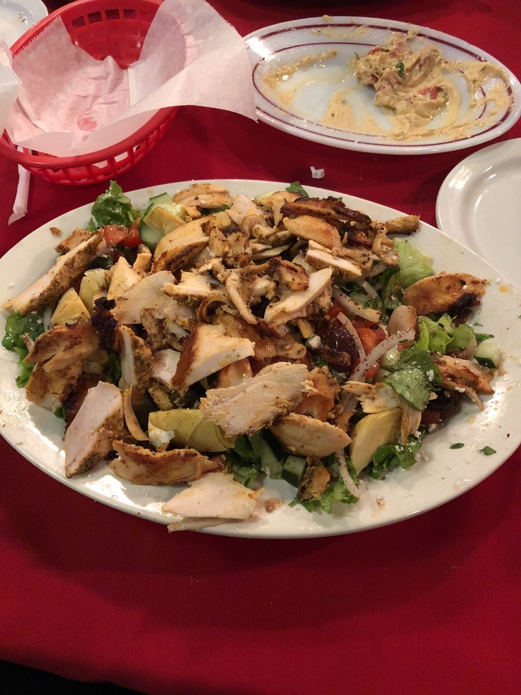 Athenos Greek & Lebanese Cafe: 404 N Canal Blvd, Thibodaux, LA